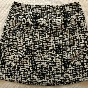 Kenneth Cole of New York Black White Skirt Size 6
